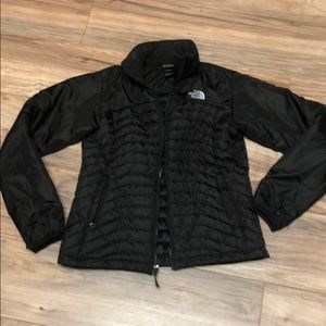 Authentic north face puffy jacket